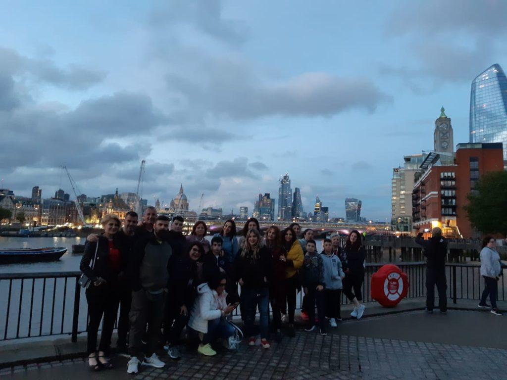 Τα Φροντιστήρια Ξένων Γλωσσών Lingua.PLUS ταξίδεψαν στο Λονδίνο   Lingua.PLUS ταξίδι στο Λονδίνο